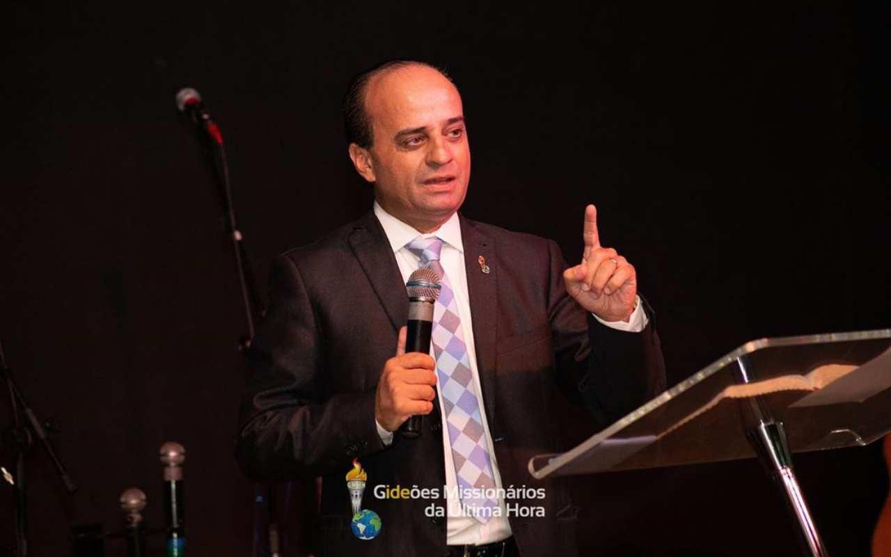 Pastor Hueslen Ricardo, vice-presidente do Gideões