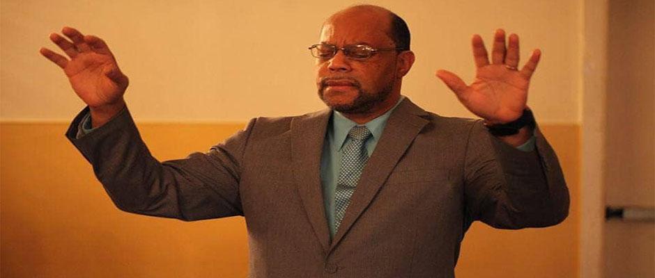 Pastor Fausto Arias