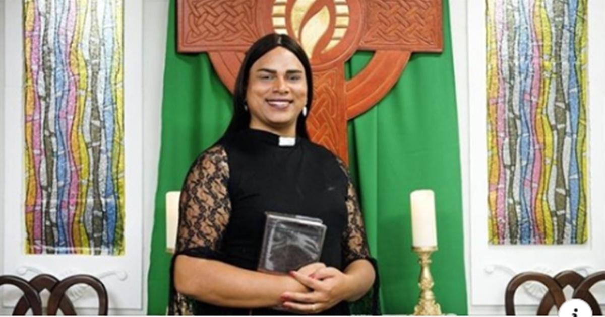 Pastora trans Alexya Salavador(Reprodução)