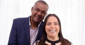 Pastora Helena Raquel e esposo (Reprodução)